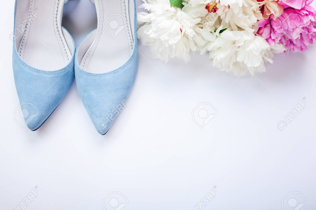 Female Blue Wedding Shoes With Bouquet