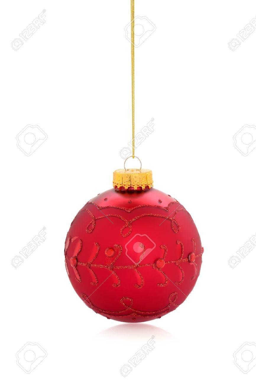 Boule De Noel Ficelle.Boule De Noël Rouge Avec La Conception De Paillettes D Or Qui Pend à La Ficelle Isolé Sur Fond Blanc