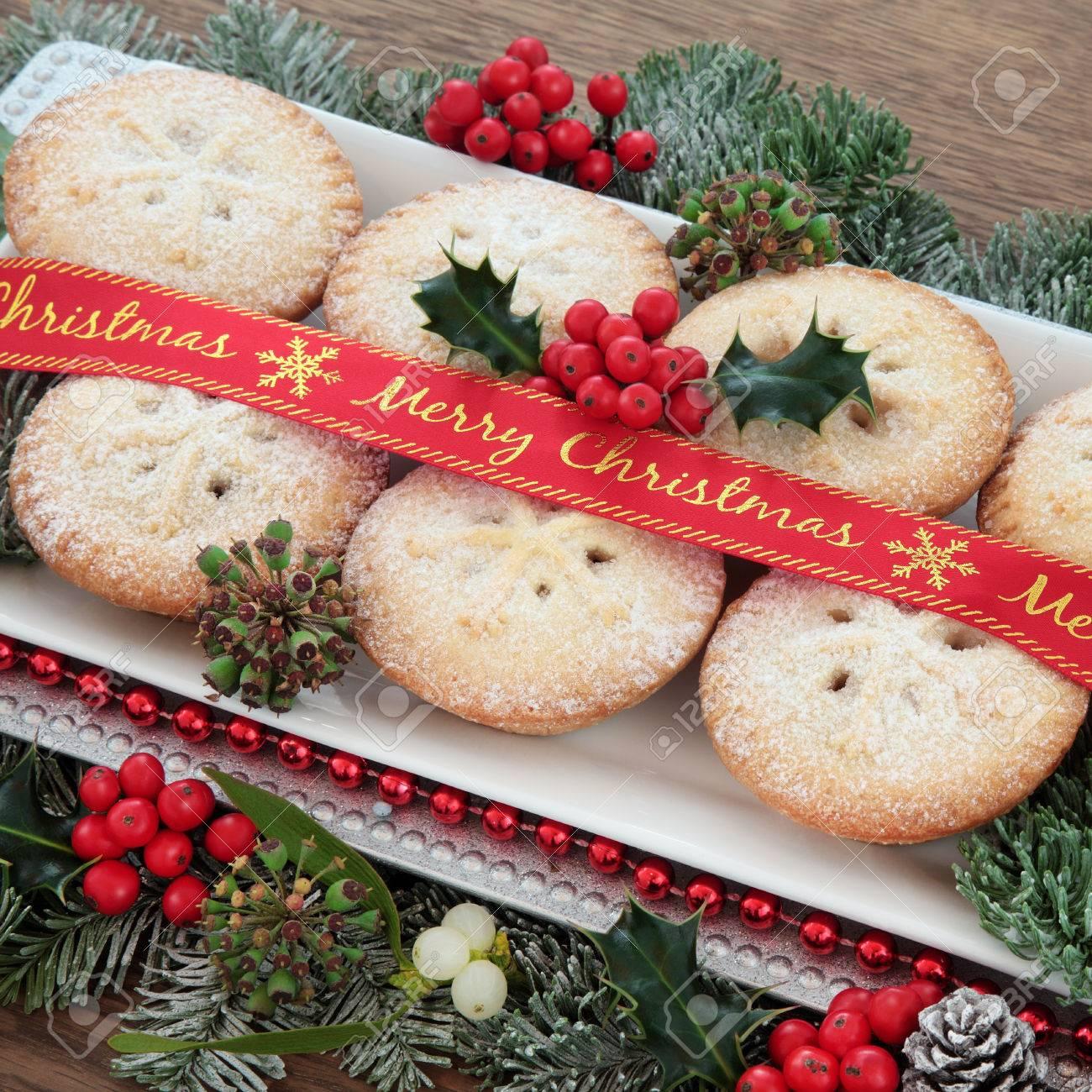 Mince Pie Kuchen Mit Merry Christmas Band Stechpalme Mistel Und
