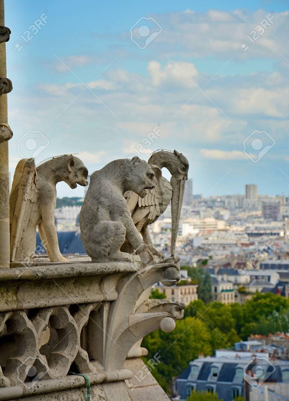 ノートルダム大聖堂、パリ、フランスのガーゴイル 写真素材 , 31455211
