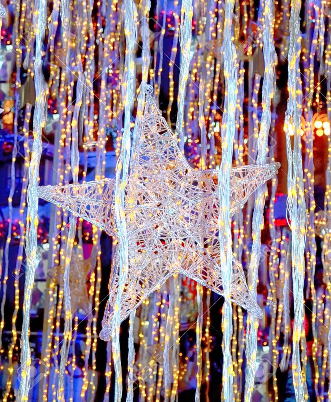 Stella Di Natale Luce.Stella Di Natale Su Sfondo Astratto Luce