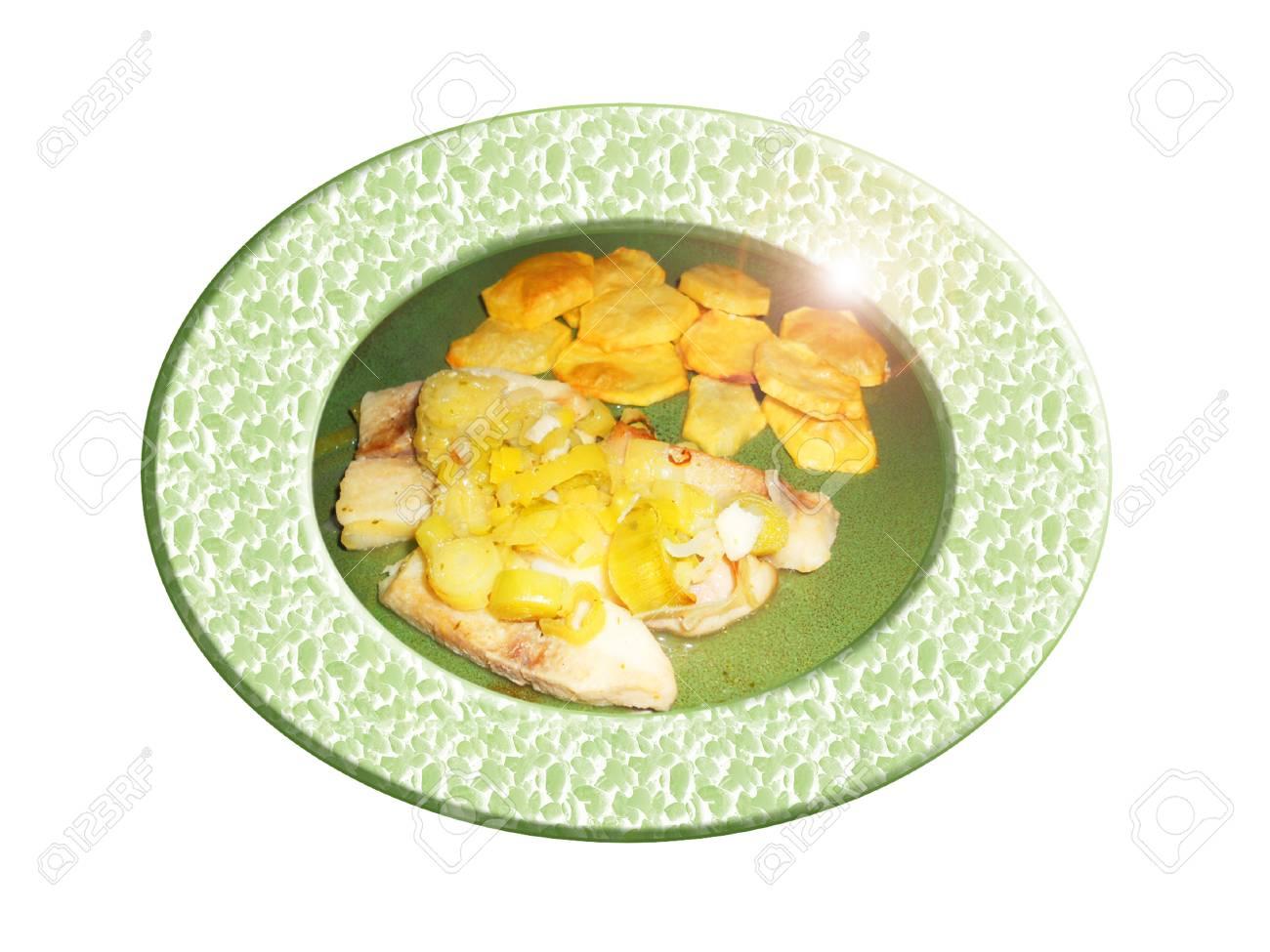 Pescado con puerros y patatas. Composición. Foto de archivo - 36313156