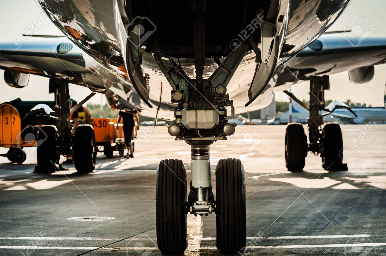 Close up view of landing gear - 134720274