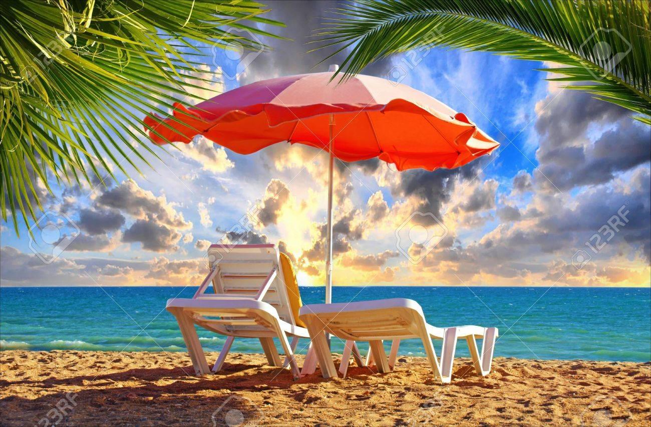 2017 Liegestuhl Mit Sonnenschirm Strand