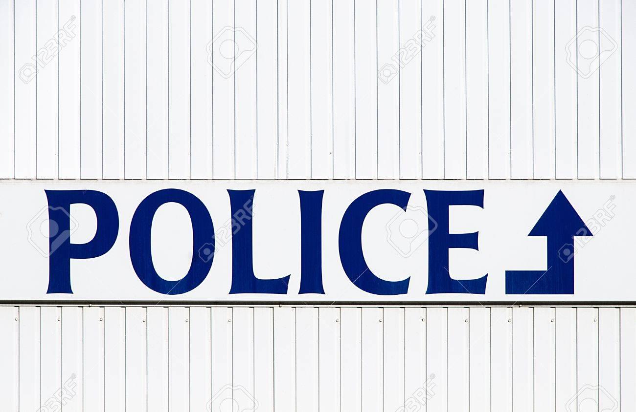 metal plate of a police station in Belgium Standard-Bild - 17131459