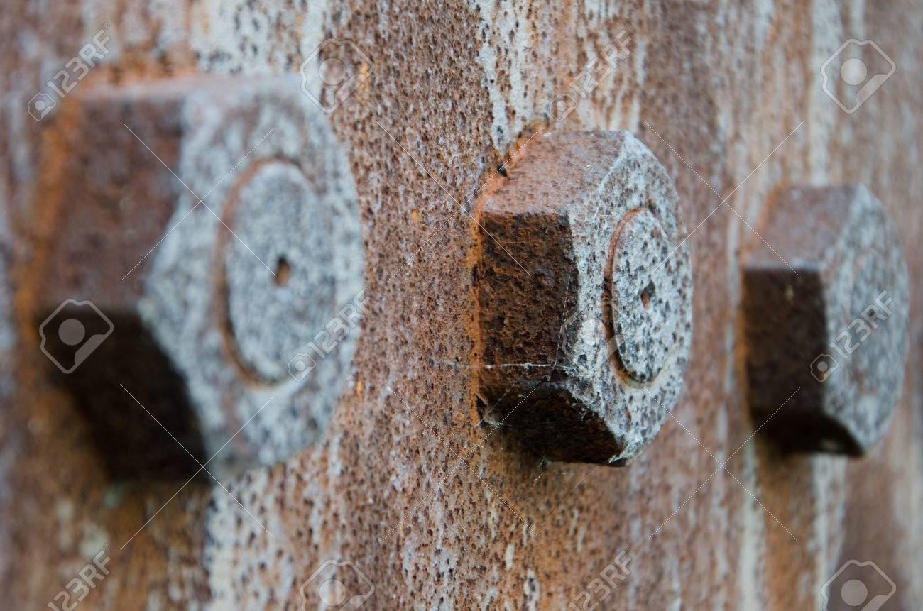 rusty bolts Standard-Bild - 24209187