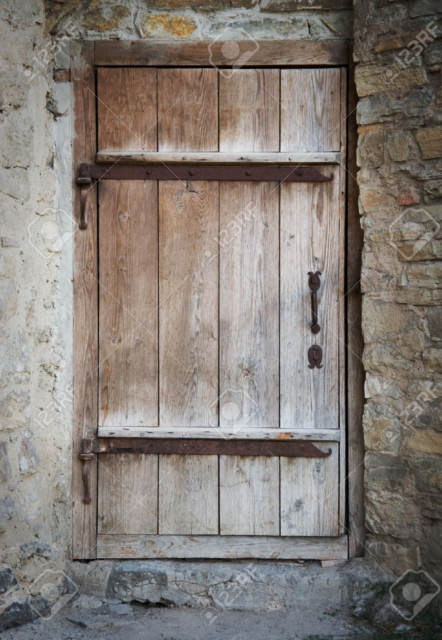 old wooden door in a stone wall Stock Photo - 45734194 & Old Wooden Door In A Stone Wall Stock Photo Picture And Royalty ...