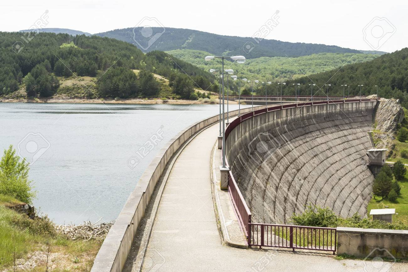 How are artificial dams 37