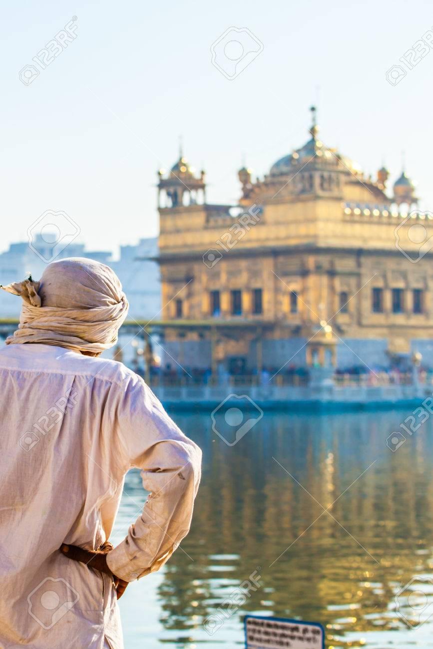 Sikh gurdwara Golden Temple (Harmandir Sahib). Amritsar, Punjab, India Stock Photo - 25186159