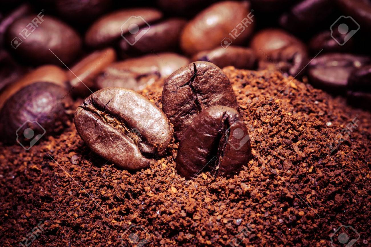Coffee bean on macro for background - 25569827