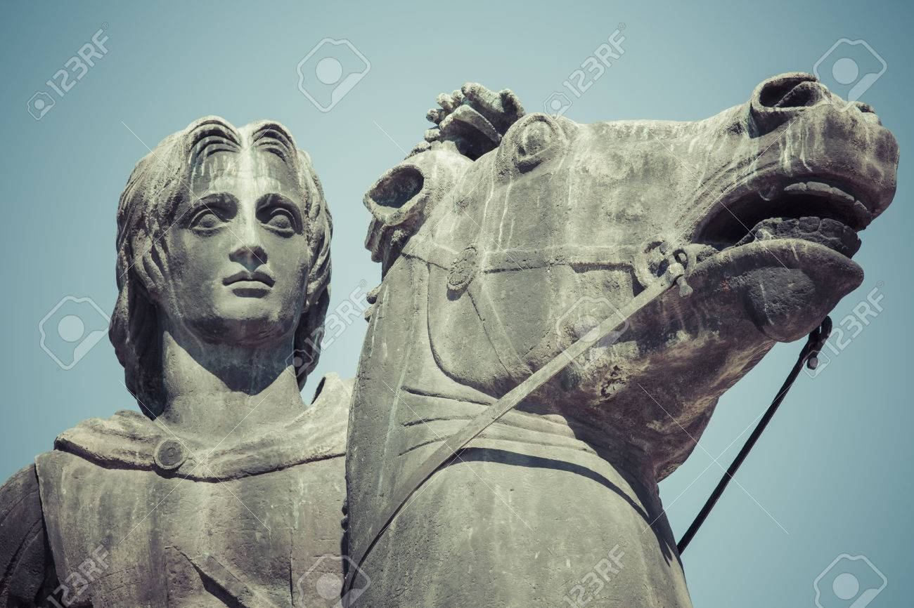 Statue of alexander the great in thessaloniki makedonia greece statue of alexander the great in thessaloniki makedonia greece stock photo 66009486 kristyandbryce Choice Image