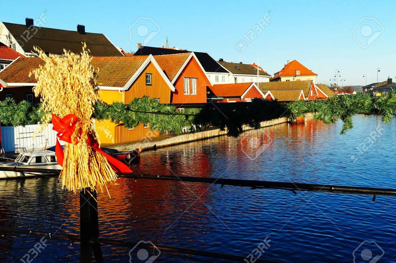 Norwegian Christmas Decorations. Sheaves Of Grain, Typical Norwegian ...