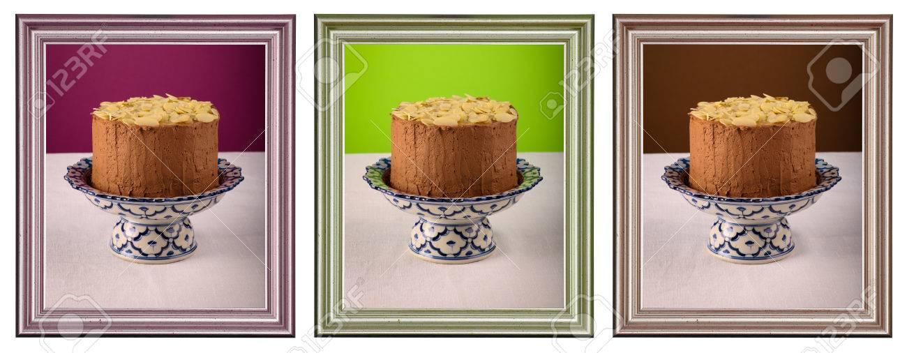 Schokoladen-Geburtstags-Party Kuchen Mit Mandelblättchen Auf ...