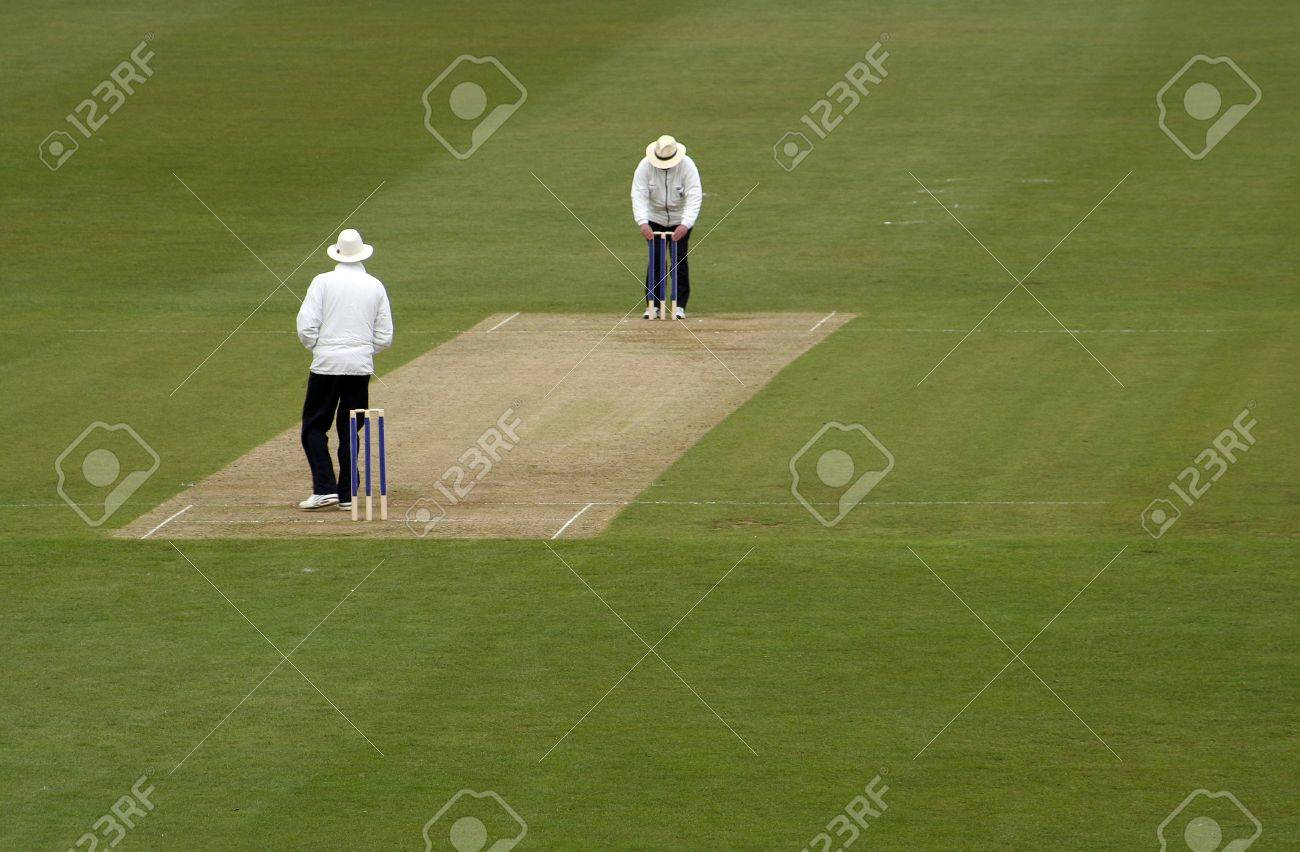 Cricket umpires Stock Photo - 14406930