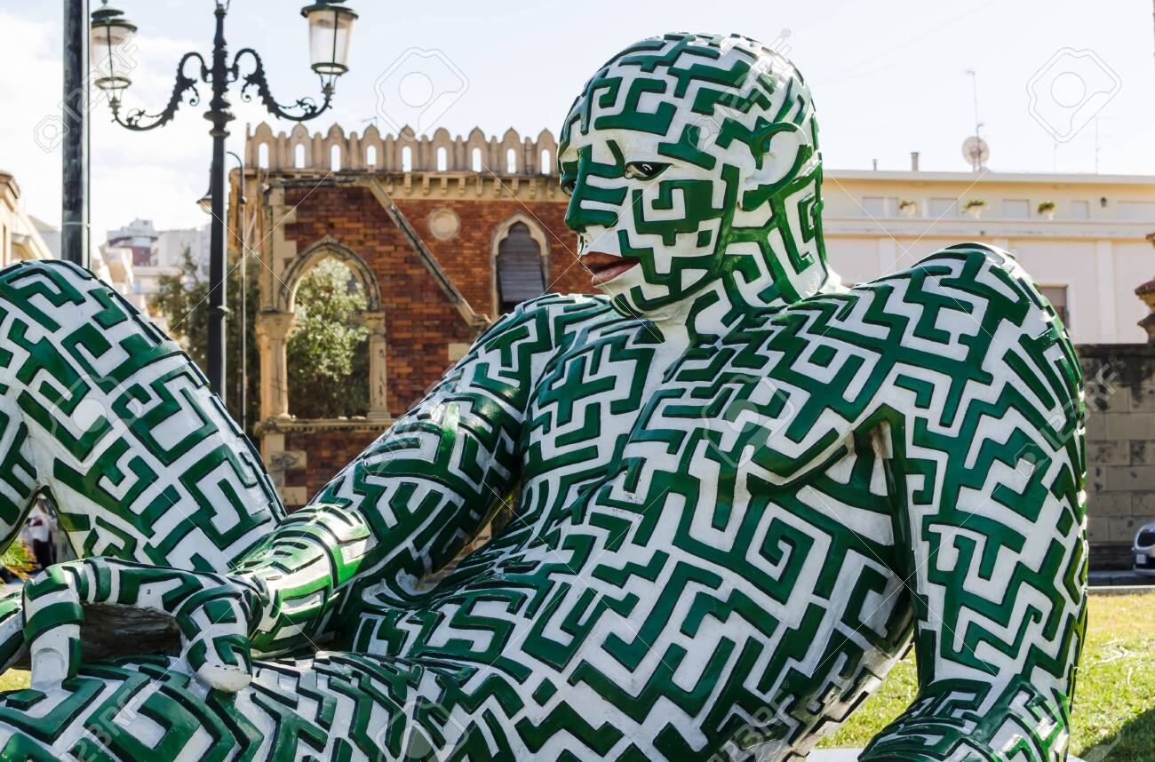 Art Creative Modern Sculpture