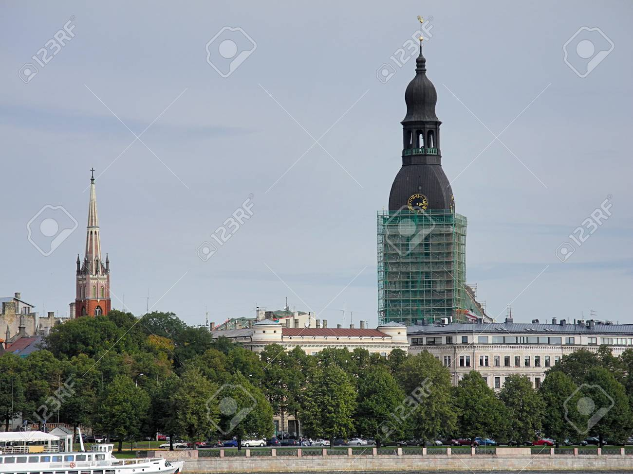 Sight of Dom cathedral in Riga Stock Photo - 13940842