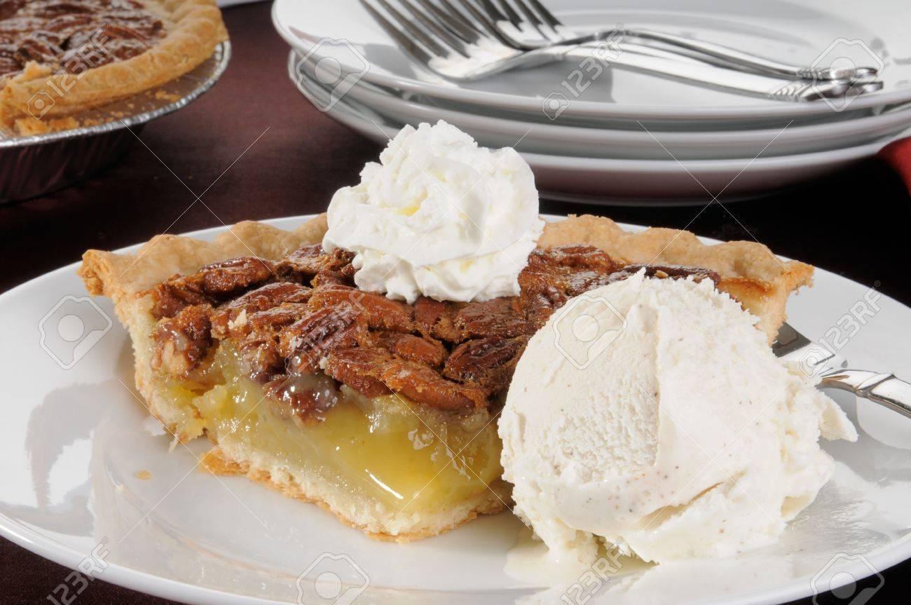 Vanilla-Pecan Ice Cream Torte Vanilla-Pecan Ice Cream Torte new picture