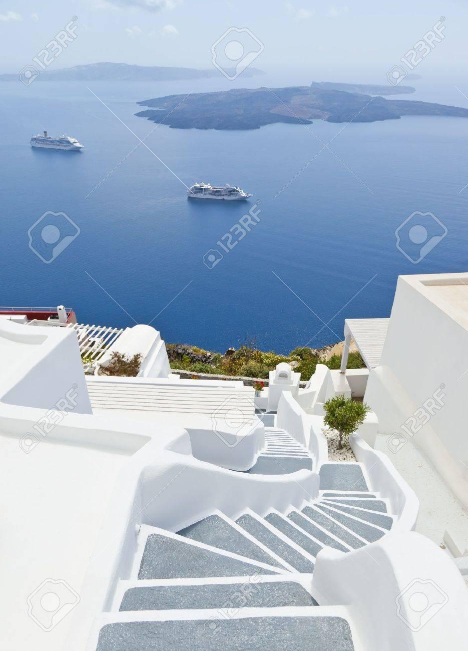 An image of Santorini island of Greece Stock Photo - 9601683
