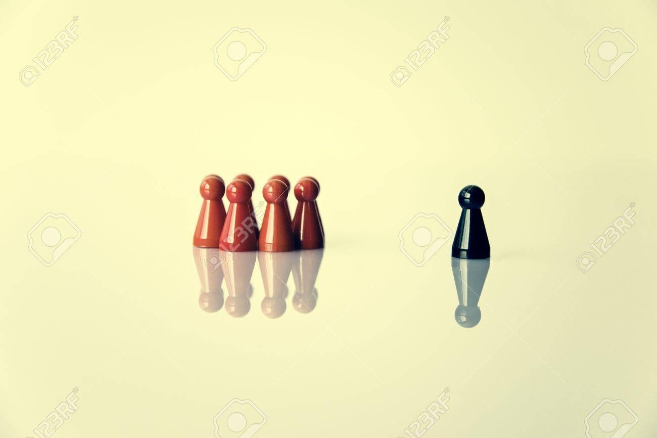 Stereotyp Metapher Führung oder Ausgrenzung Standard-Bild - 45557852