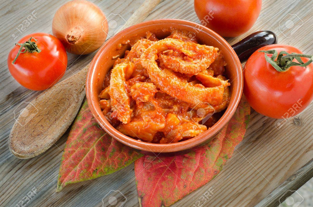 Tripe with tomato sauce Stock Photo - 16383715