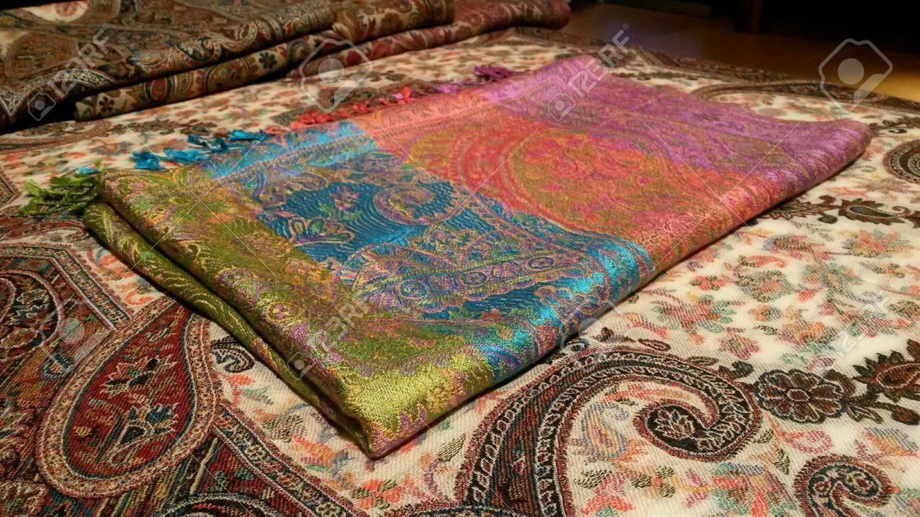a basso prezzo a0220 564f0 Pure multicolored silk pashmina over indian style traditional..