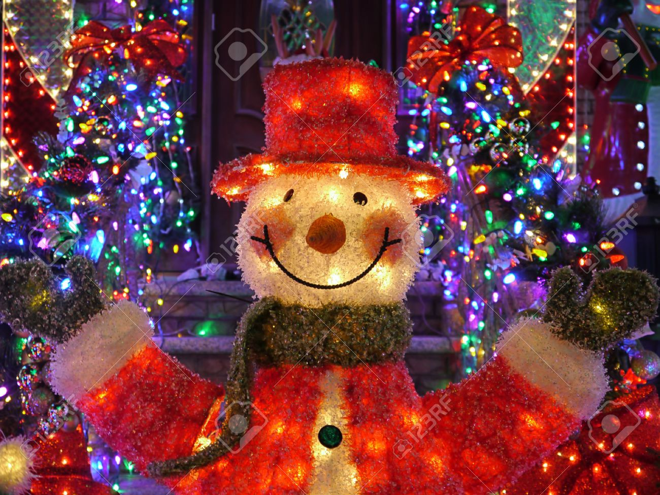 Outdoor Snowman Christmas Decorations.Christmas Outdoor Christmas Decorations Snowman Lights Up House