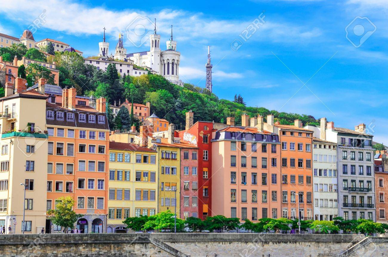Lyon cityscape from Saone river with colorful houses - 15253990