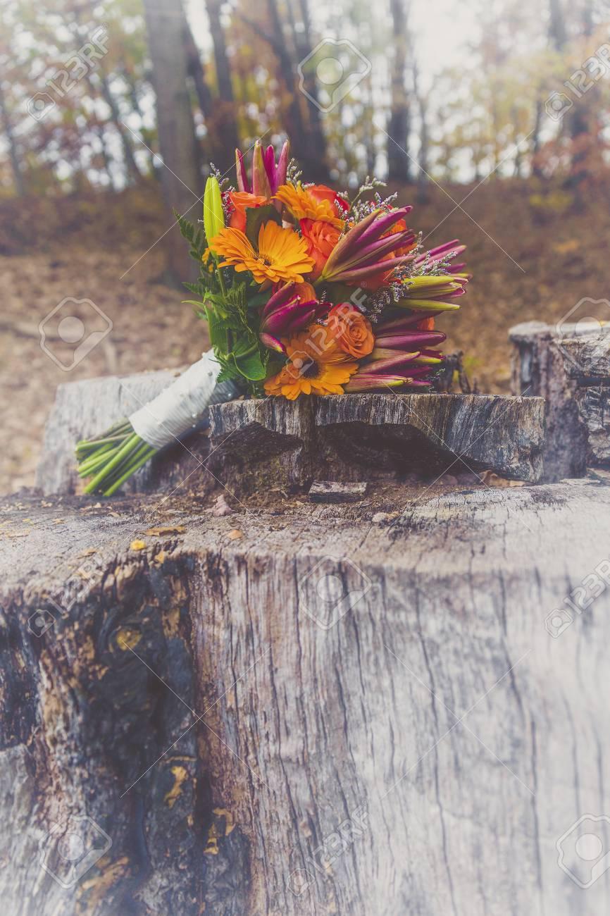 Herbst Hochzeit Brautstrauss In Den Herbstfarben Orange Und Rot