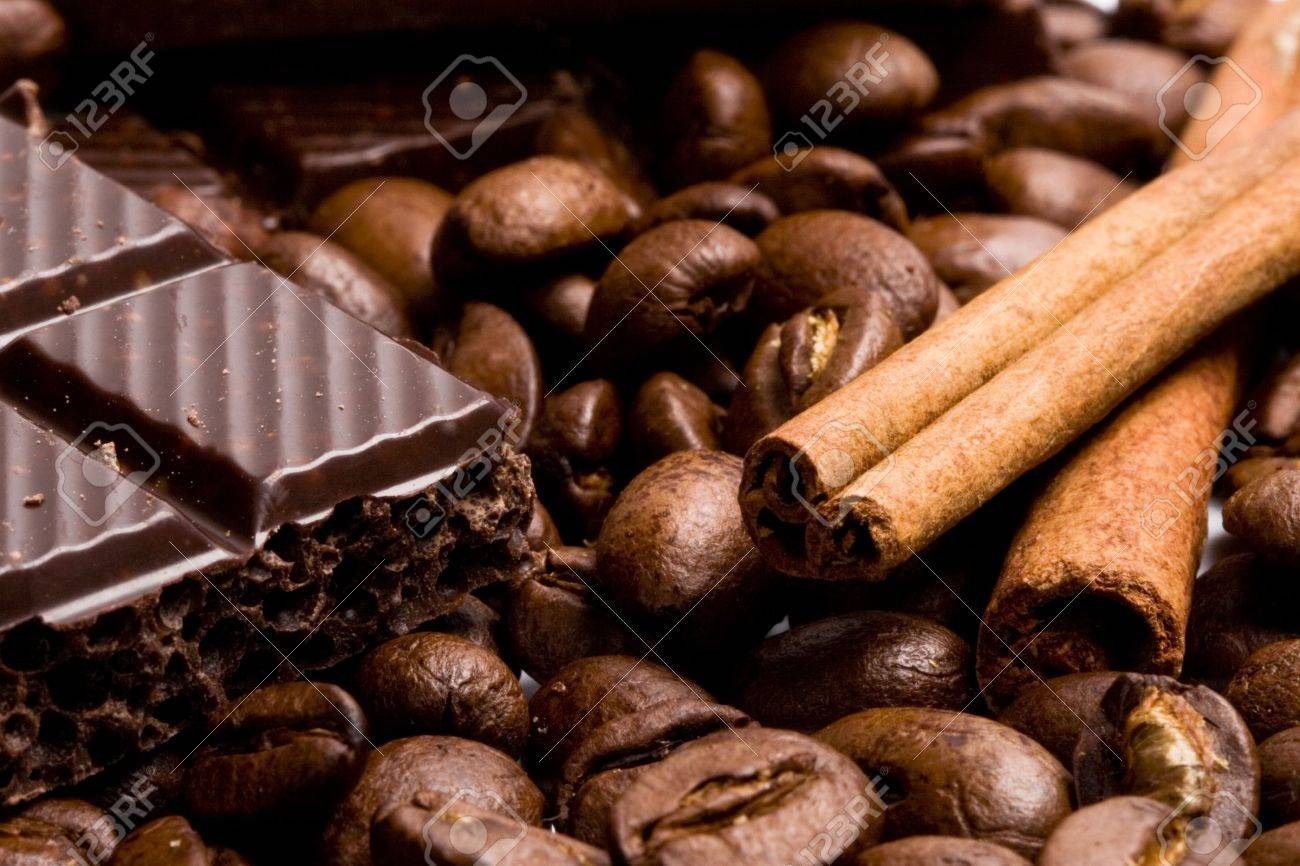 arrangement of chocolate, coffee and cinnamon sticks Stock Photo - 6260296
