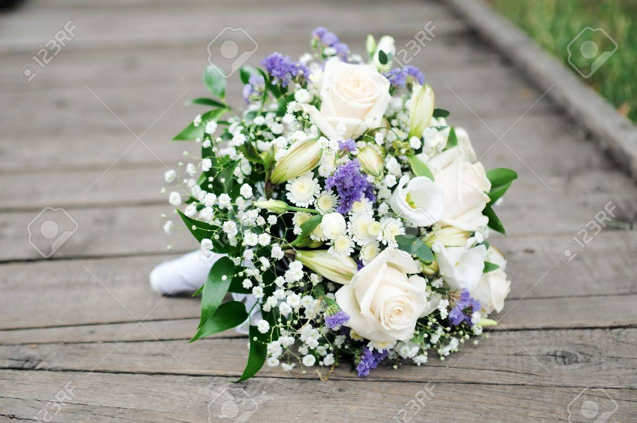Beautiful Wedding Flowers Bouquet Stock Photo, Picture And Royalty ...