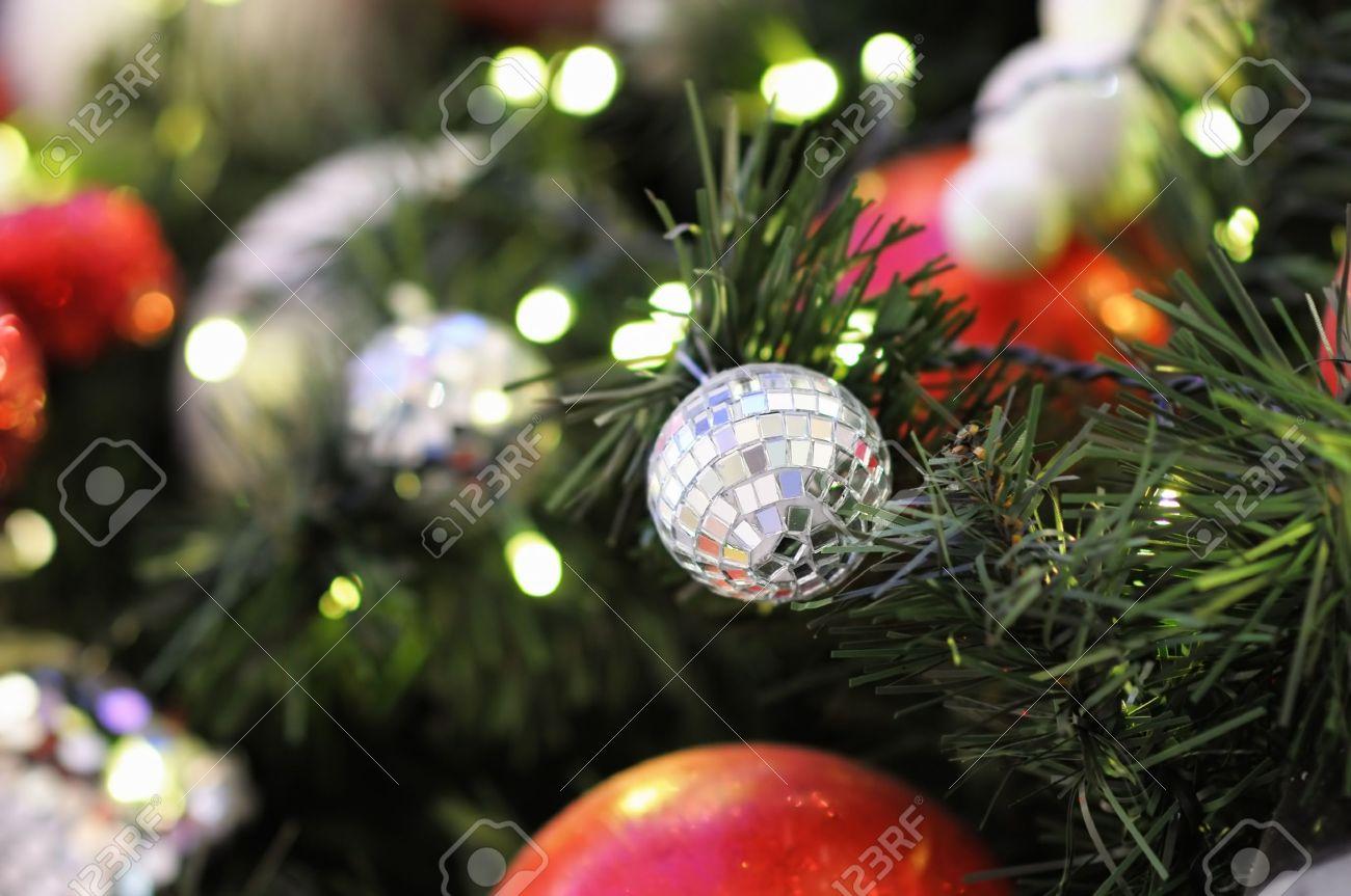 Close up christmas tree - 16426650