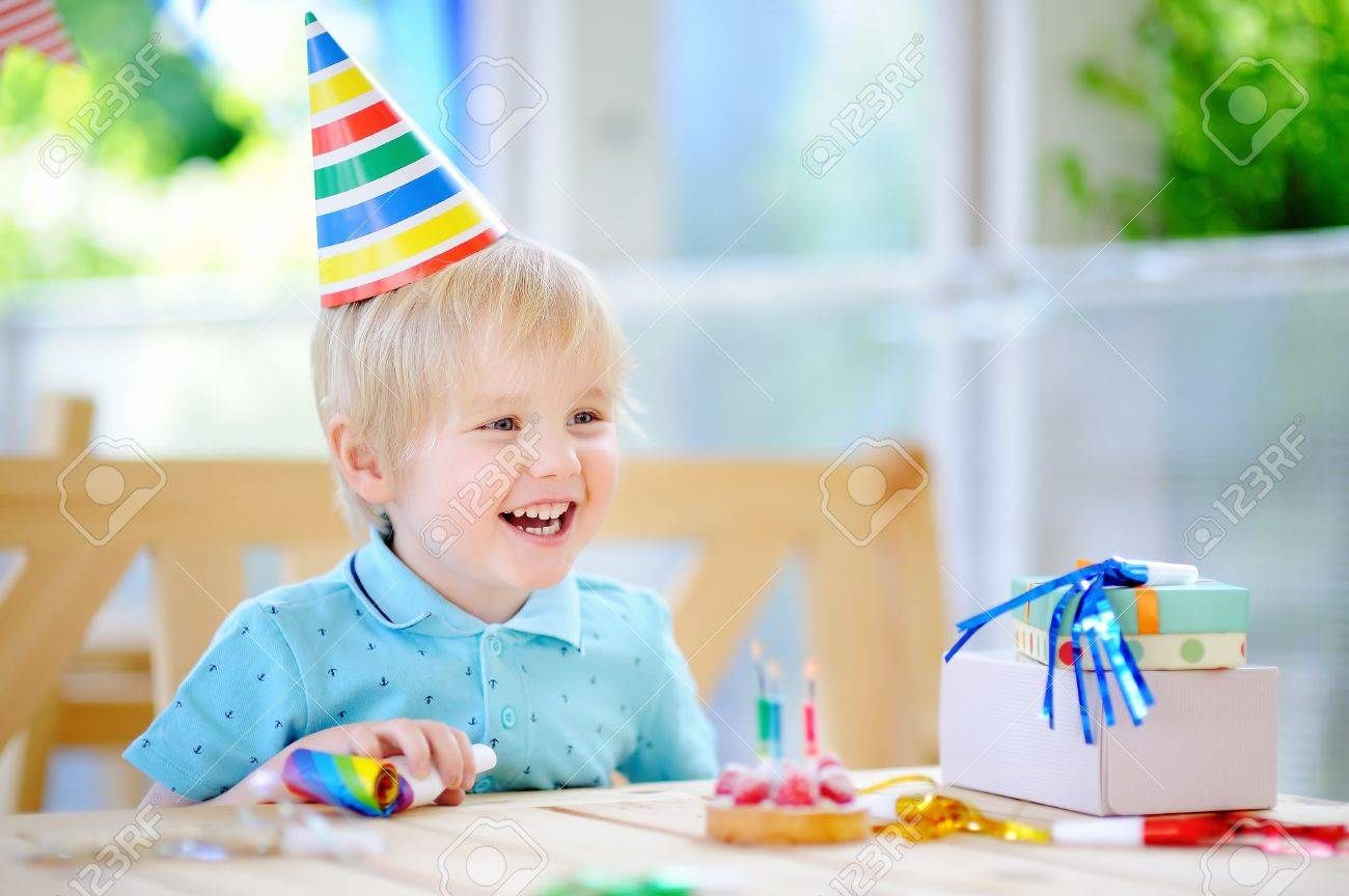 Phenomenal Cute Little Boy Having Fun And Celebrate Birthday Party With Funny Birthday Cards Online Inifofree Goldxyz