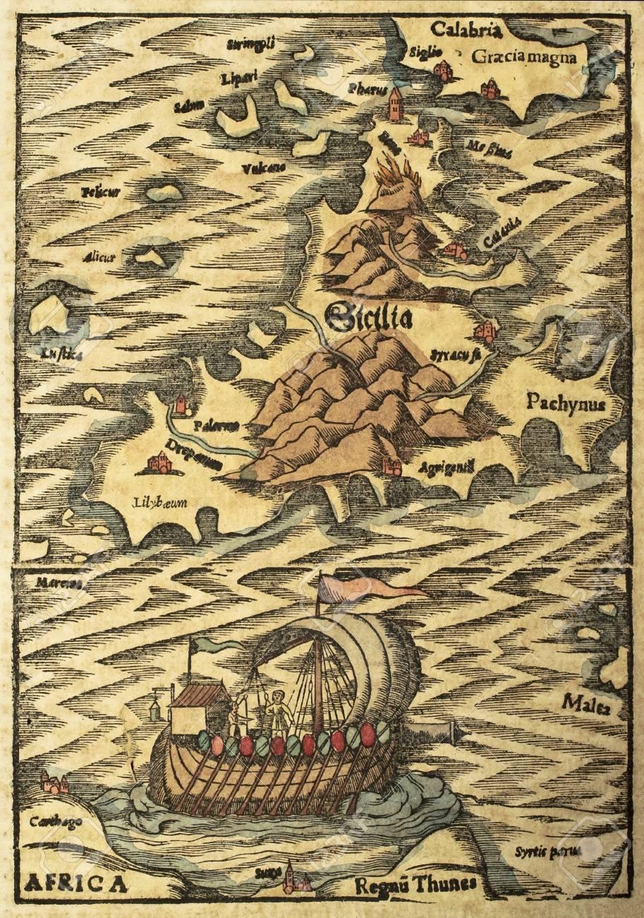 Cartina Sicilia Antica.Immagini Stock Mappa Sicilia Antica Con L Illustrazione Vecchia Imbarcazione Puo Essere Datato Al Xvii Sec Image 14986577