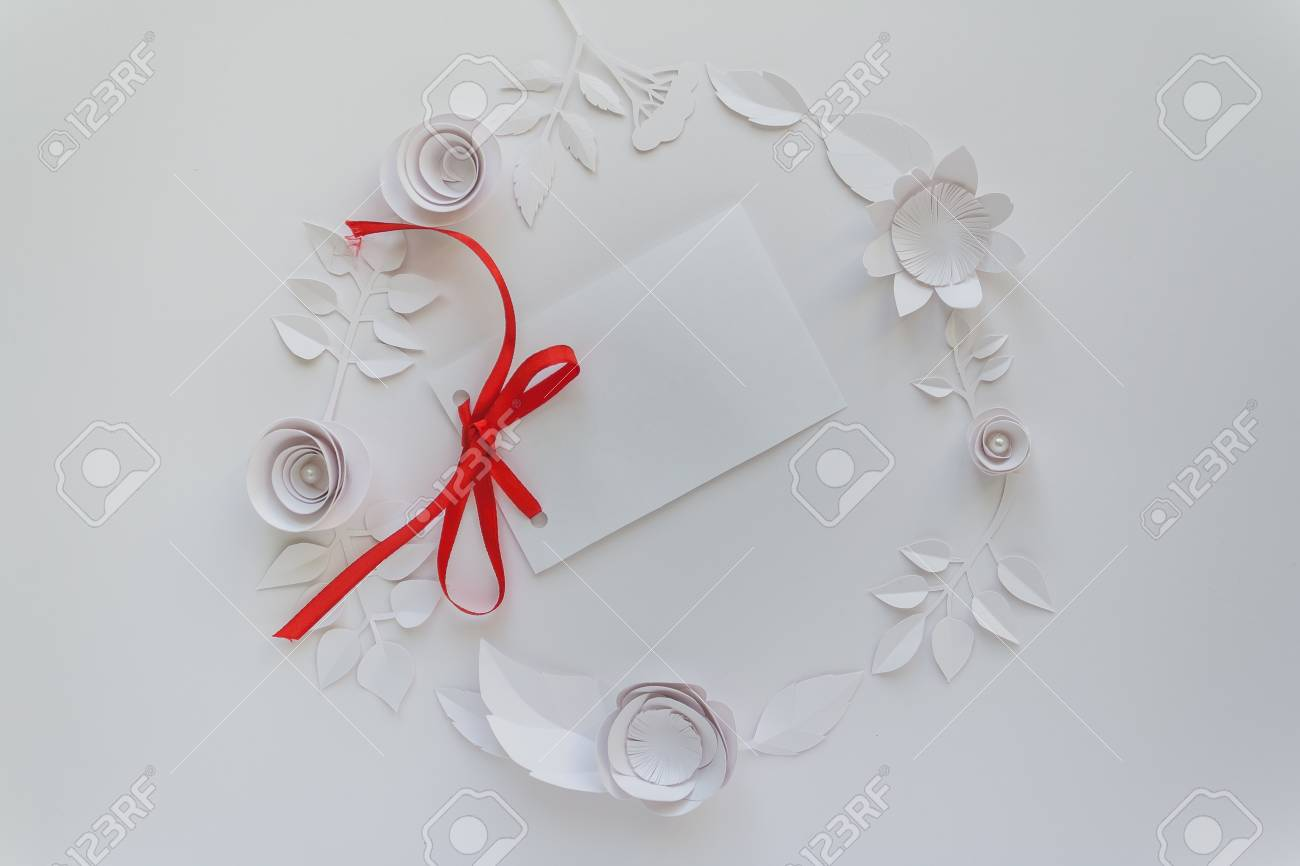 Round Frame With White Paper Flowers With Paper Card Note Flat