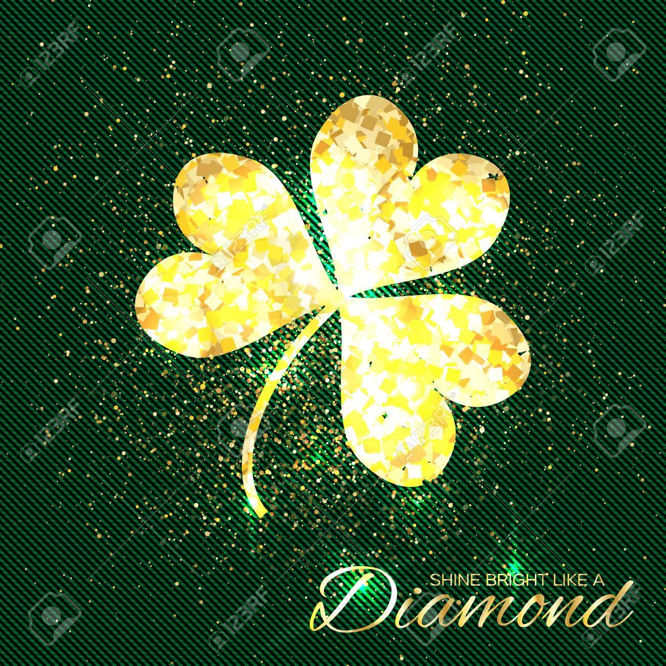 e438f0a771cb El Oro Brilla El Trébol En El Fondo Verde. Una Flor Brillante Glamour  Purpurina. Tarjeta De Felicitación Con Textura De Oro Trébol De Tres Hojas.