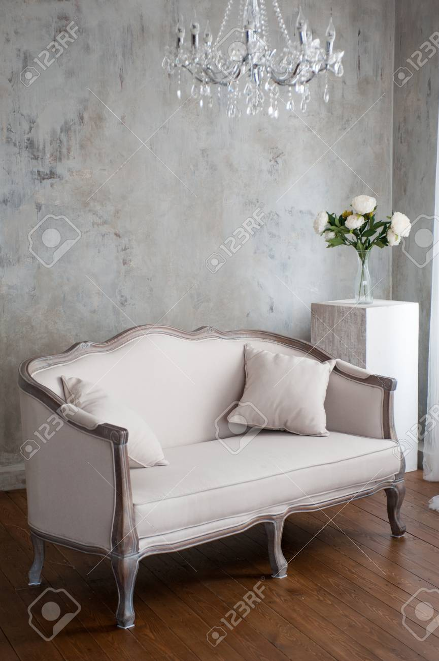 Peachy Wedding Decoelegant Sofa With Floral Decor Luxury Interior In Gamerscity Chair Design For Home Gamerscityorg