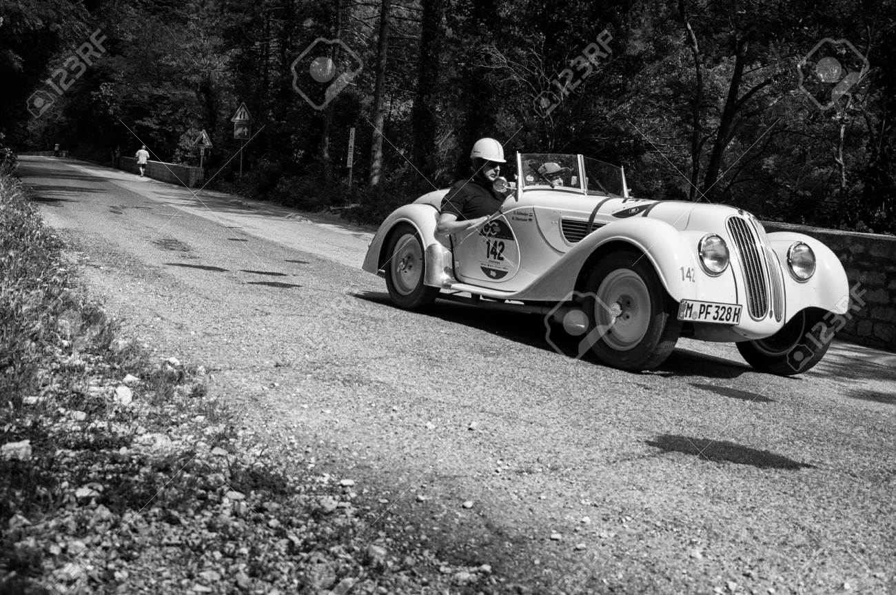 GOLA DEL FURLO, ITALY - MAY 19: BMW 328 1937 On An Old Racing ...