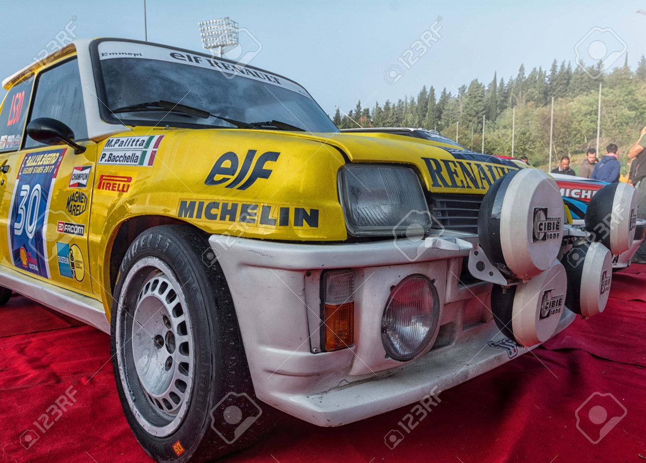 Sanmarino Sanmarino Oct 21 2017 Renault 5 Gt Turbo 1982 Stock Photo Picture And Royalty Free Image Image 101775029