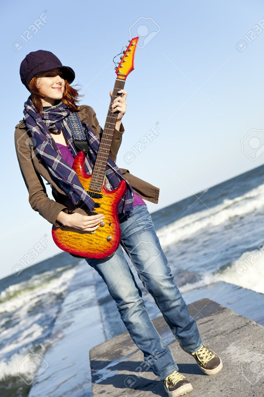 Girls stylish with guitar recommendations to wear for spring in 2019