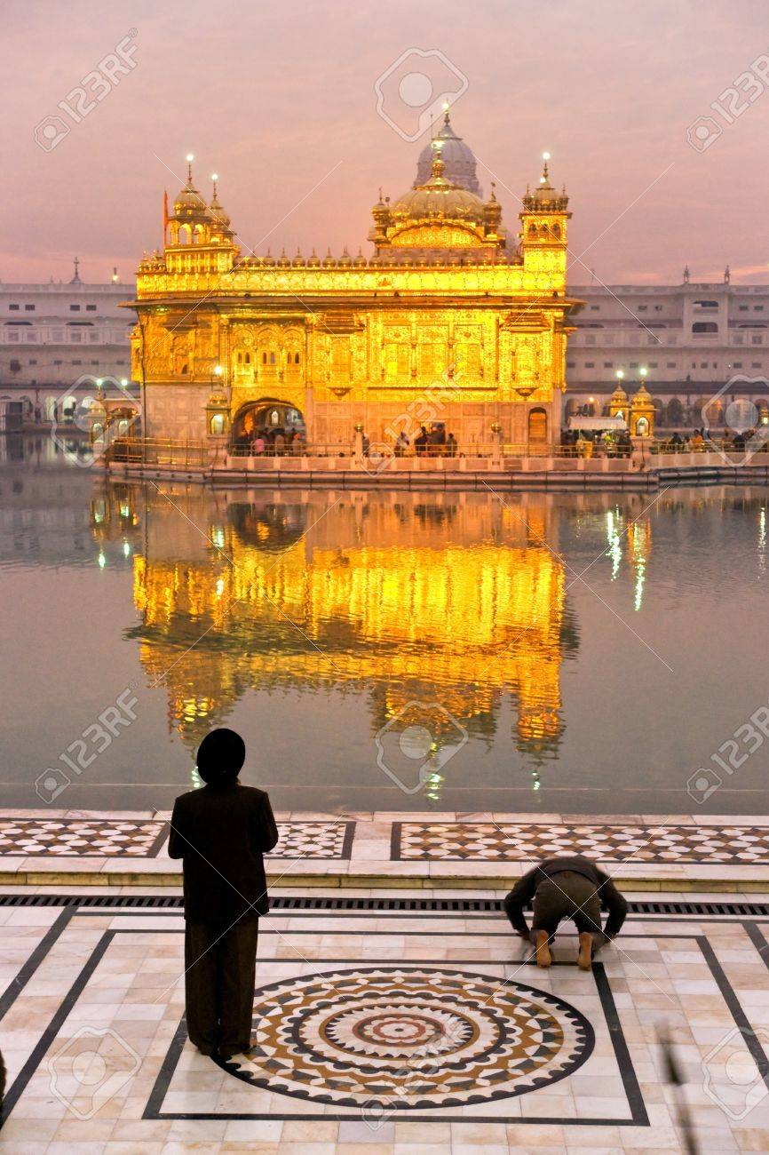 Golden Temple in Amritsar, Punjab, India Stock Photo - 17655592