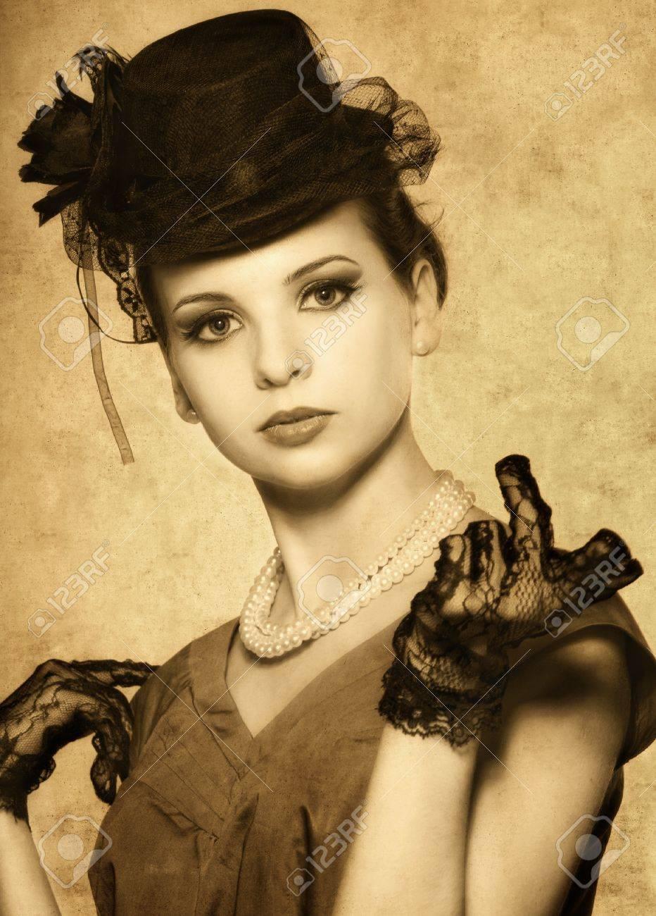 Woman Vintage Com