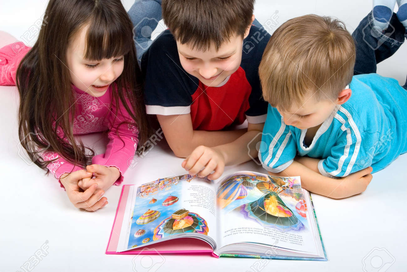 children reading a book Stock Photo - 730571