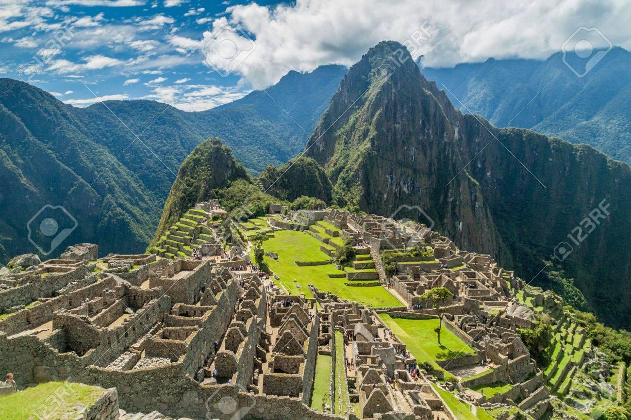 Machu Picchu ruins in Peru - 69537192