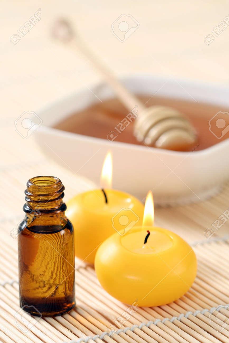 honey essential oil and fresh honey - beauty treatment Stock Photo - 8936614