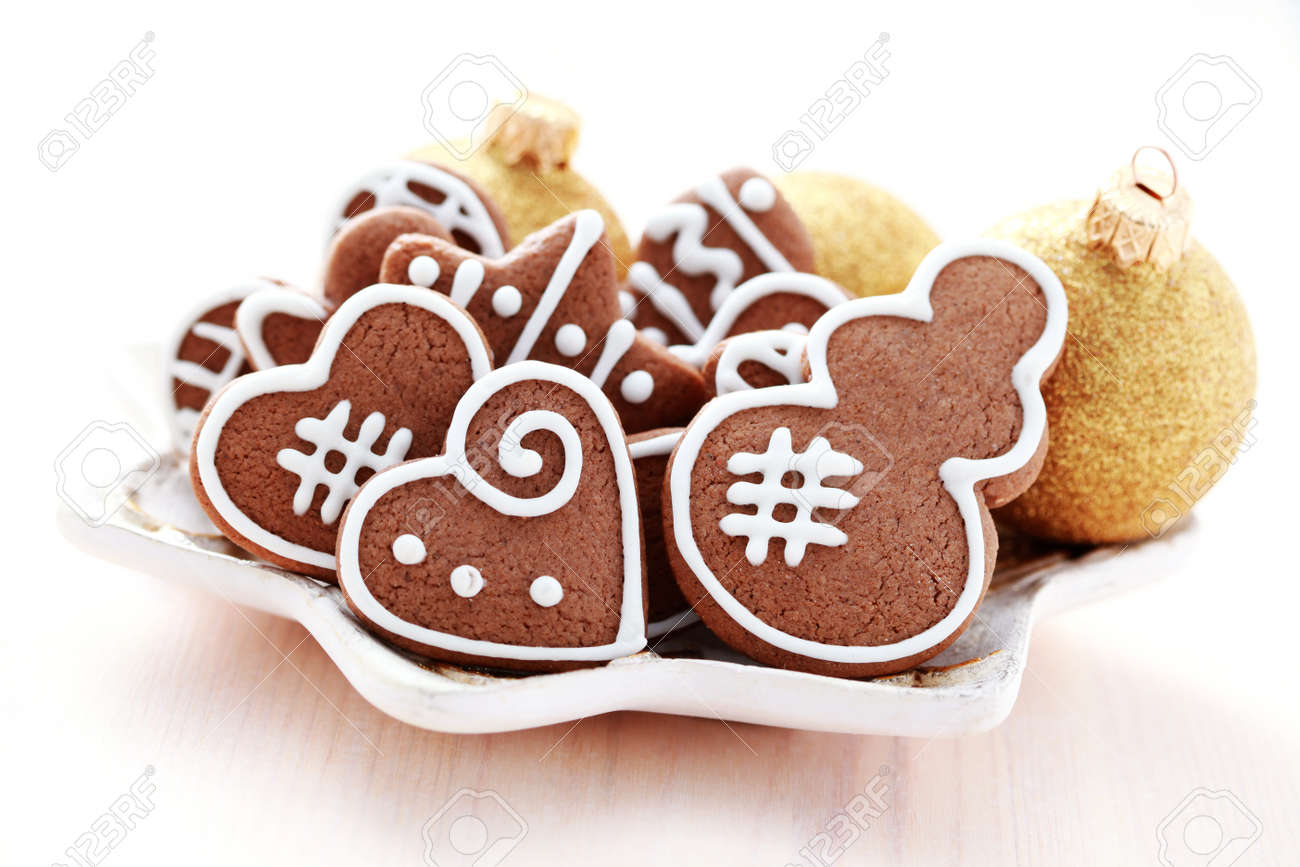 plate full of Christmas gingerbreads - sweet food Stock Photo - 9484766