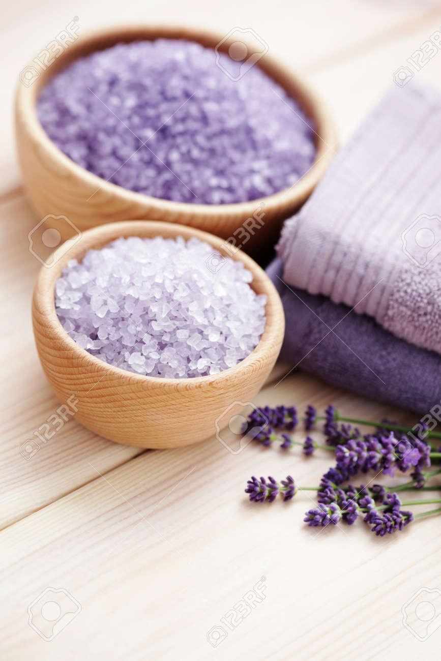 bowl of lavender bath salt - beauty treatment Stock Photo - 17254369