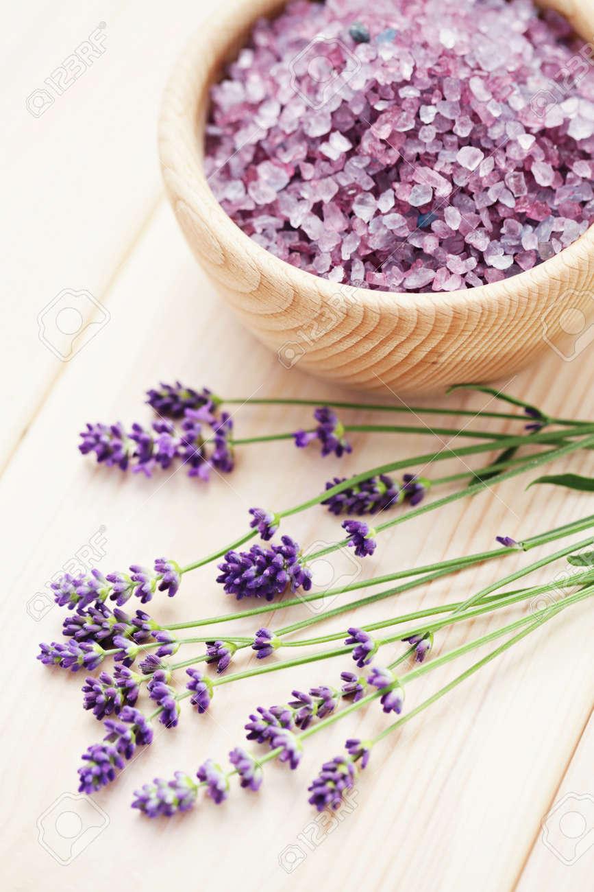 bowl of lavender bath salt - beauty treatment Stock Photo - 17254376
