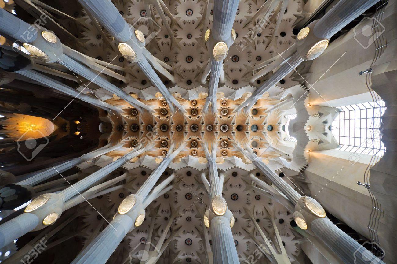 sagrada familia obra maestra de de las catedrales del techo de la modernidad arquitecto