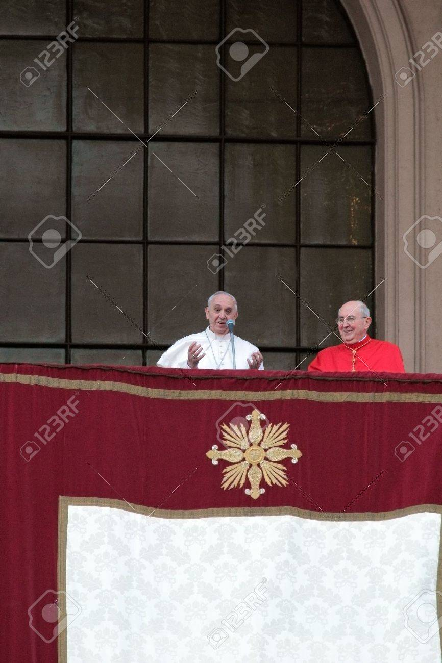 ROME, ITALY - April 07: Pope Francis I during the settlement ceremony in Archbasilica of St. John Lateran. After the mass the Pope appeared at the central chapel. Stock Photo - 18900169