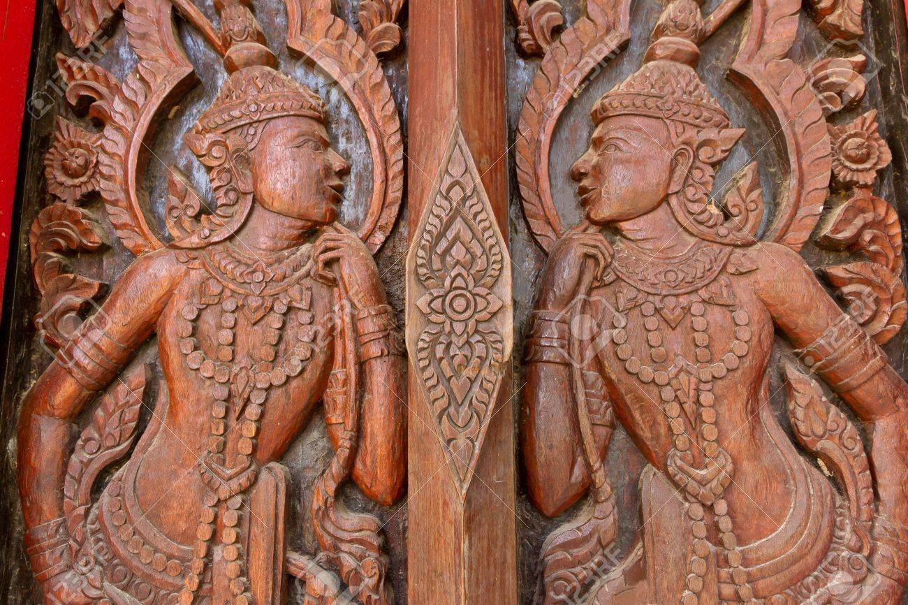 Stock Photo - thai door with that art engraving & Thai Door With That Art Engraving Stock Photo Picture And Royalty ...